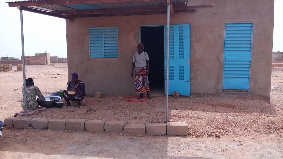 Construction d'un local pour la cantine à Yagma