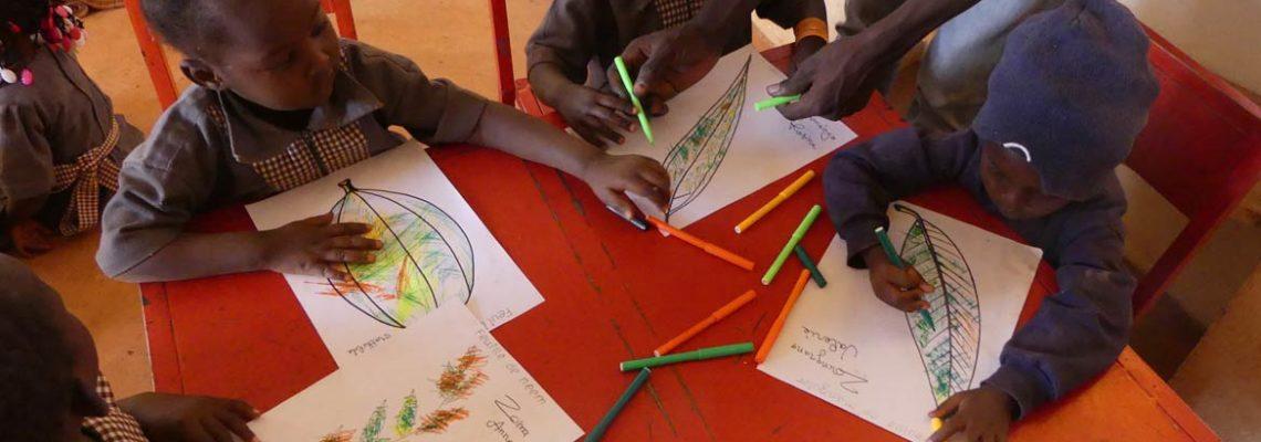 Coloriage des enfants de Koudougou